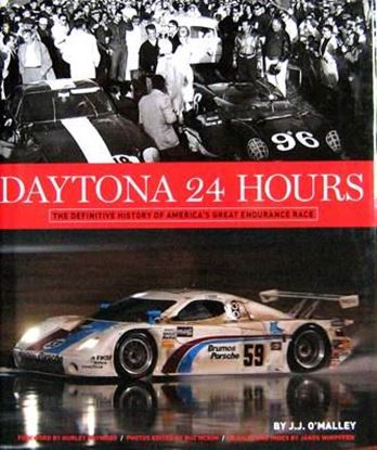 Immagine di DAYTONA 24 HOURS THE DEFINITIVE HISTORY OF AMERICA'S GREAT ENDURANCE RACE