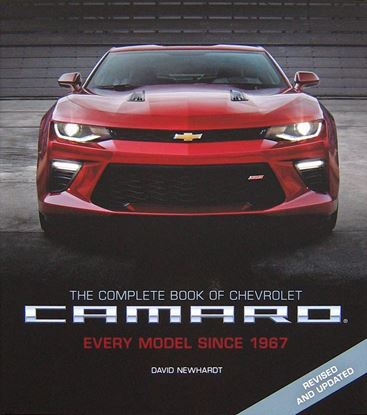 Immagine di THE COMPLETE BOOK OF CHEVROLET CAMARO EVERY MODEL SINCE 1967