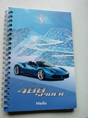 Picture of FERRARI 488 SPIDER BLOCK NOTES. Press Media Kit
